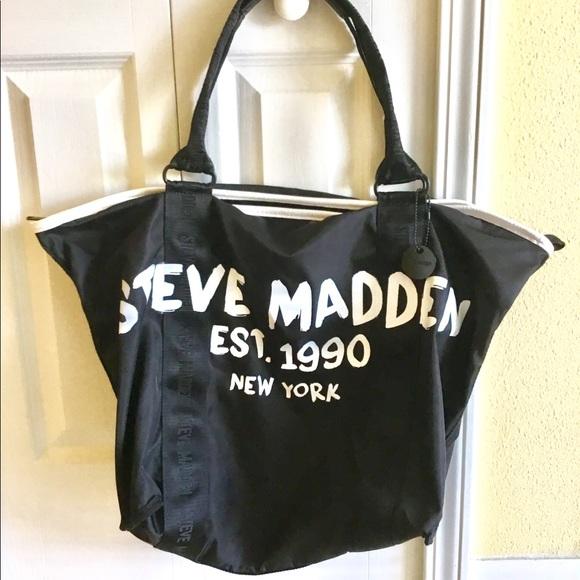 f2df32d6518c NWOT Steve Madden Oversized Tote Bag. M 5b830b435fef37e3a0dedd2e